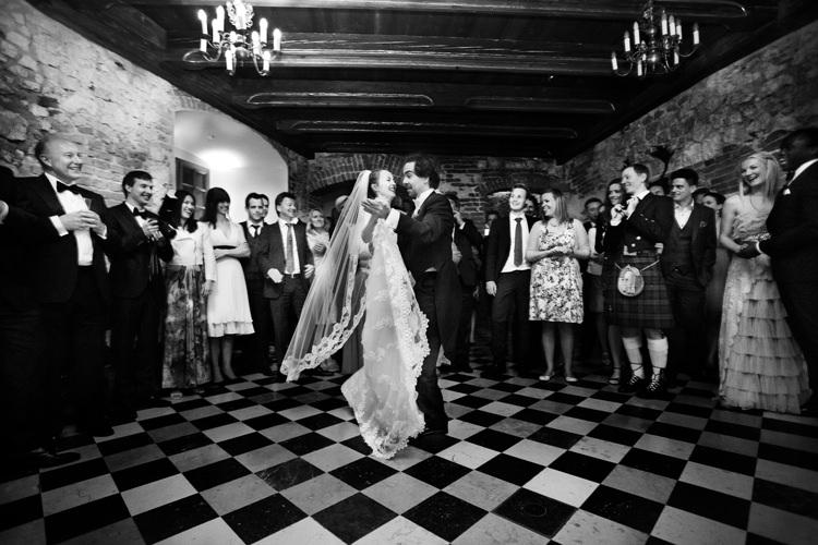 pierwszy taniec ślubny na zamku
