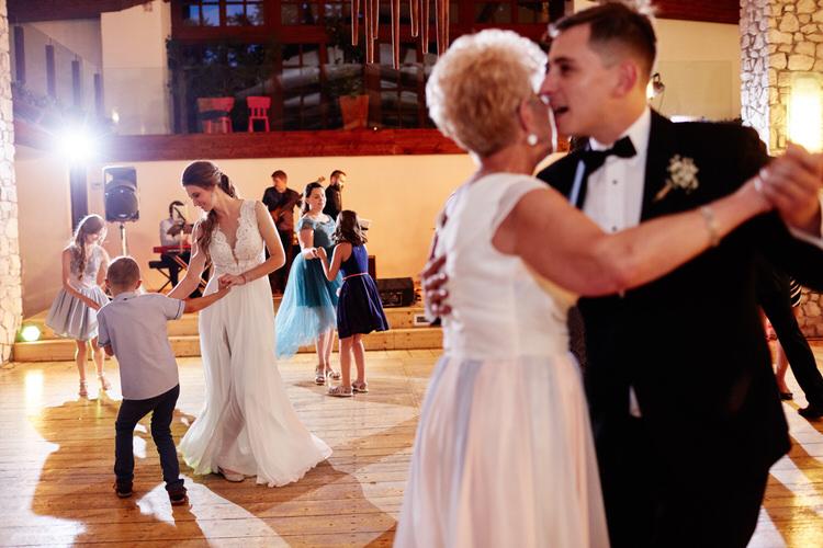073-wesele-dwor-w-tomaszowicach