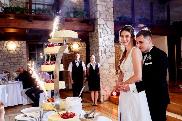 tort weselny Dwór w Tomaszowicach