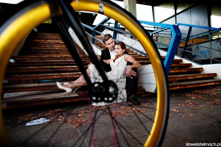 plener ślubny z rowerem