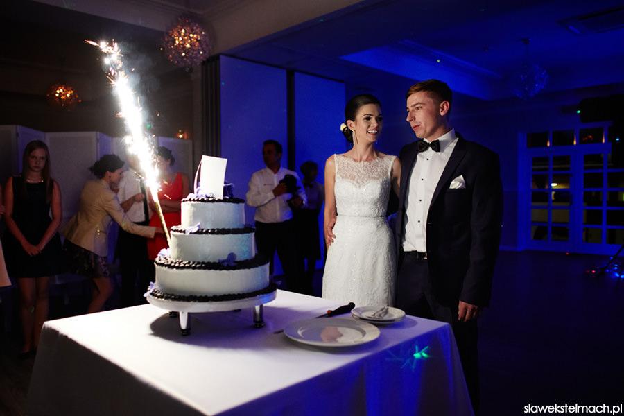 Tort weselny jodłowy dwór