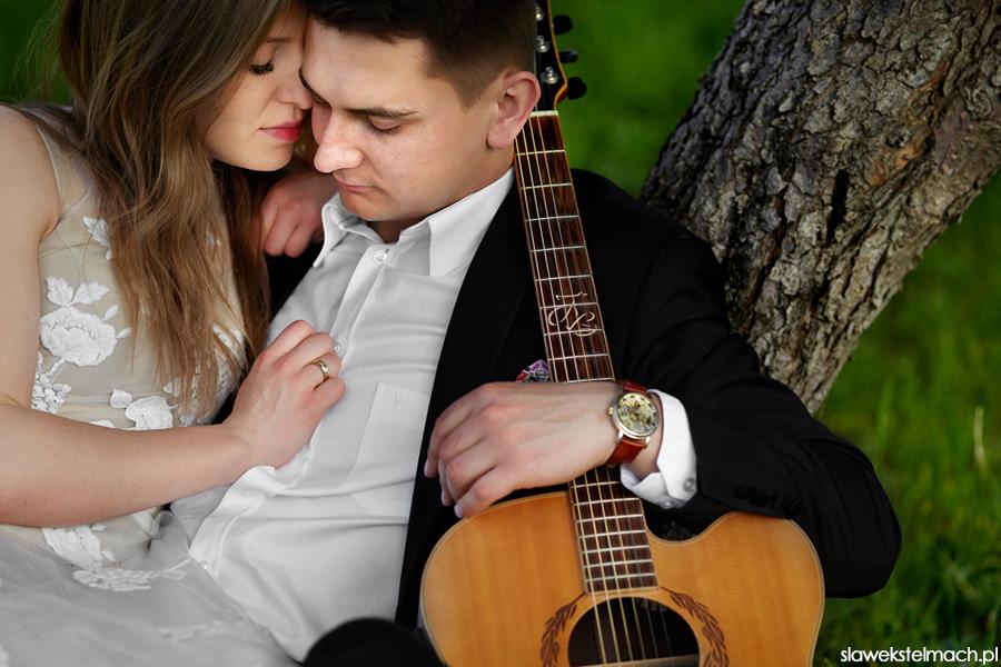 gitara na ślubie