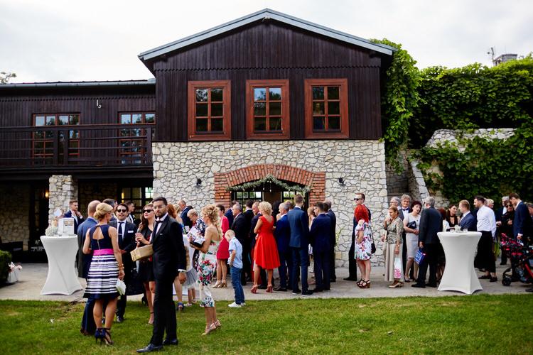 przyjęcie weselne dwór w Tomaszowicach