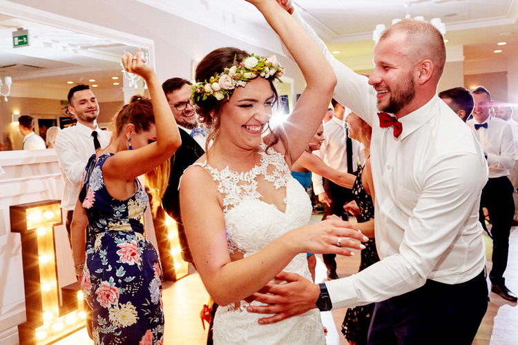biała przystań dj na weselu