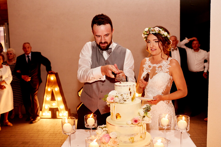 tort weselny biała przystań