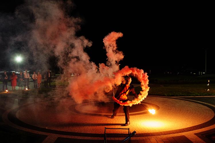 Azislight pokaz ognia