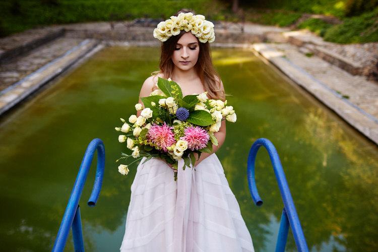 plener ślubny przy basenie willa Tadeusz